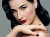 Dita despues de descubrir a Betty Page
